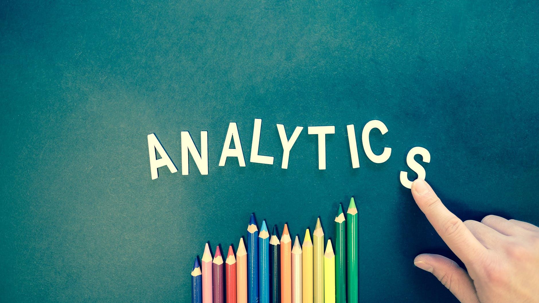 analytics text